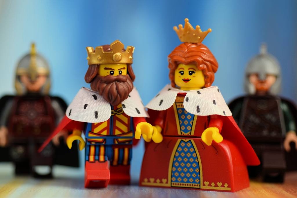 the-king-and-queen-of-social-age